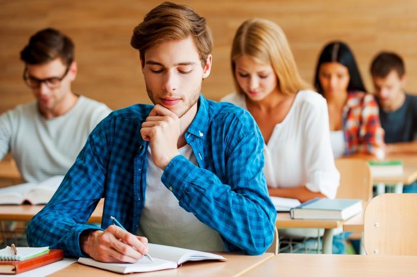 如何报考AICPA考试?