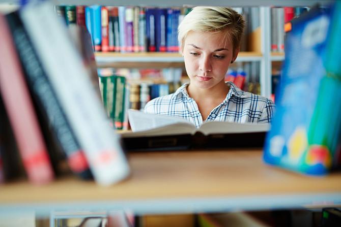 参加CFA考试如何解决英语数学不好的问题?