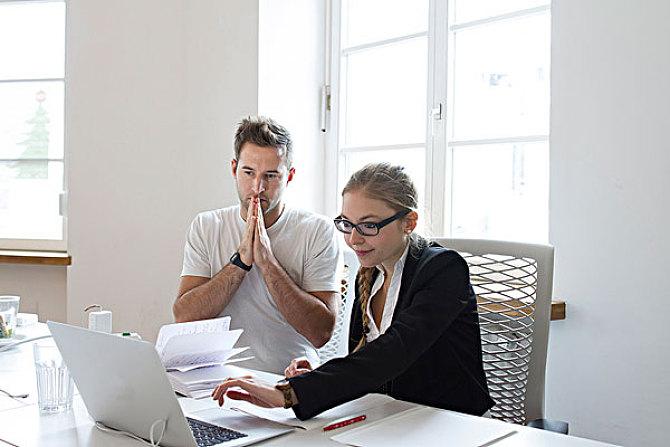 CFA考试准考证应该怎么打印?