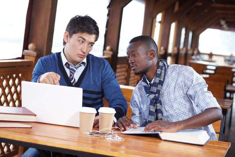 如何获得ACCA OBU学位?
