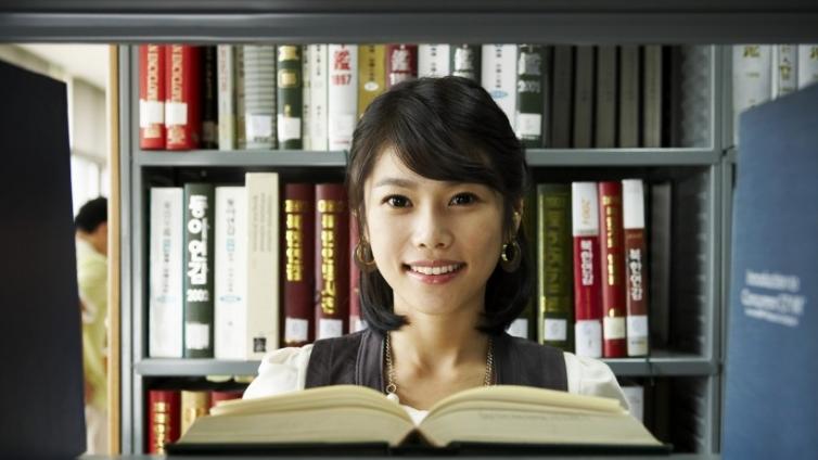在上海报考ACCA需要花费多少钱?