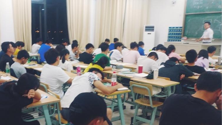 澤稷教育·上海應用技術大學CFA?講座成功舉辦