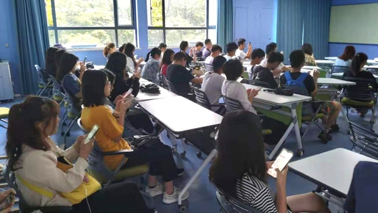 泽稷教育·上海海事大学社管学院ACCA讲座顺利举办