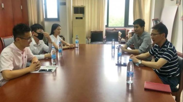 泽稷教育向浙江工商大学工商管理学院捐赠防疫物资