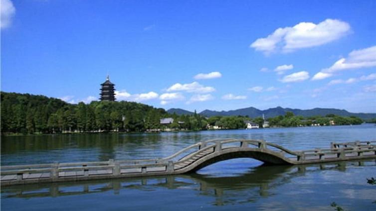 关于印发《杭州市新引进应届高学历毕业生生活补贴发放实施办法》的通知